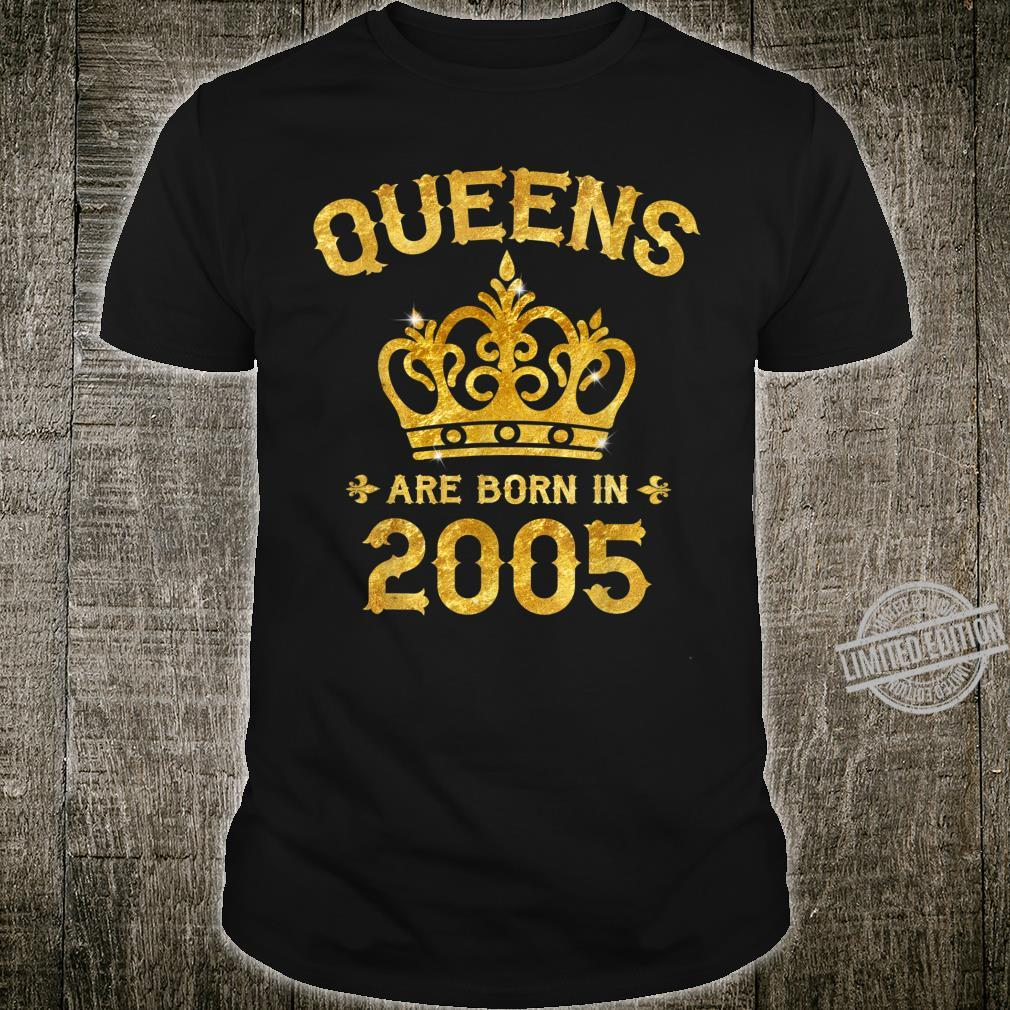 Queens Are Born In 2005 15th Birthday 15 Year Old Shirt